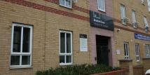 Ground Flat to rent in Carholme Road, Lincoln...