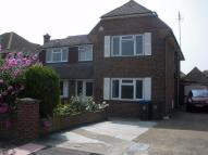 4 bedroom Detached house to rent in Petworth Avenue...