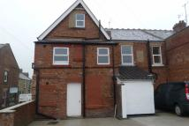 2 bed Flat to rent in Main Street, Crawcrook...