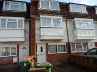 4 bed home in Nottingham Ave...