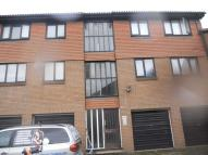 2 bed Flat to rent in 14 Winchester Close...