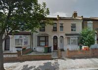 Terraced home in West Road, Stratford