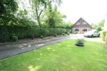 Detached property in Shay Lane, Hale Barns