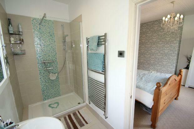 Shower 2 Aspect 2