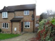 2 bed property in Beaulieu Court...