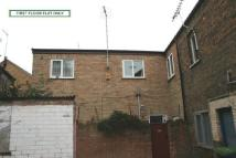 Flat to rent in High Causeway...