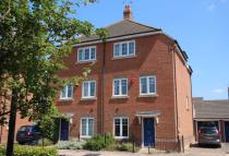 3 bed Town House in Sovereign Place...