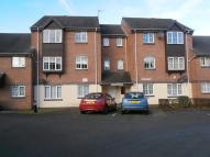 2 bed Flat to rent in Garrison Court...