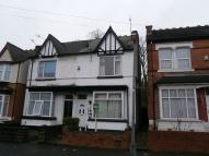 semi detached home to rent in Lansdowne Road...