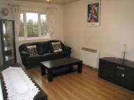 Flat to rent in Eagle Drive, London, NW9