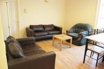 Flat to rent in West Hendon Broadway...