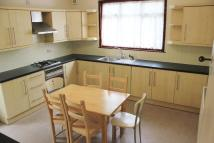 Ground Maisonette to rent in Sydney Grove, London, NW4