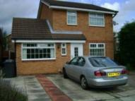 3 bed property in 2 Beeston Close...