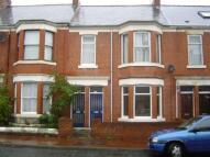 Flat to rent in Simonside Terrace, Heaton