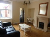 Flat to rent in bolingbroke Street...