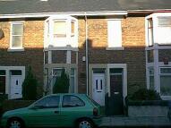 Flat to rent in Warwick Street, Heaton