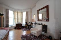 3 bed Apartment in Henry Road, London, N4