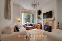 2 bedroom Flat in Monnery Road, London, N19