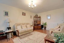 1 bedroom Flat for sale in Tealby Court, London, N7