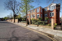 2 bed Flat in Hargrave Park, London...