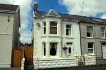 3 bedroom semi detached home in Gron Road...