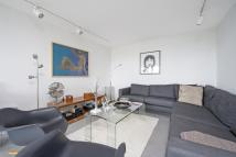 Flat for sale in ROBINS COURT