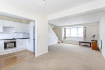 2 bedroom Flat in MARINER GARDENS, HAM...