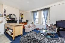 Flat in ST MARGARETS ROAD