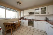 3 bedroom Flat for sale in Hawthorne Close, Dalston...