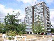 Flat to rent in Walton-On-Thames, KT12