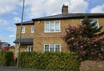 3 bed property to rent in Hersham...