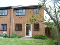 1 bed Ground Maisonette to rent in Walton-On-Thames, KT12