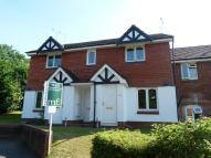 1 bed Ground Maisonette in Weybridge, KT13