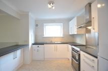 3 bedroom Apartment in Weybridge, Surrey, KT13