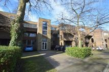 Apartment to rent in Weybridge, Surrey, KT13