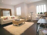 Apartment to rent in Baker Street, Weybridge...