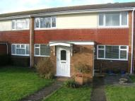 3 bedroom Apartment to rent in Moat Court, Ashtead