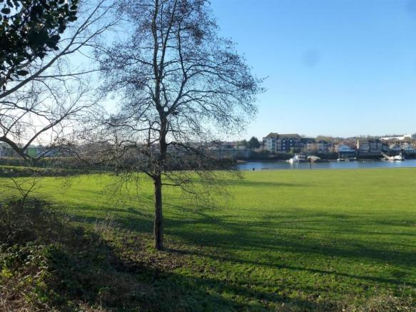 Views of the park fr