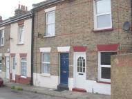 2 bed Terraced property in May Avenue, Northfleet...