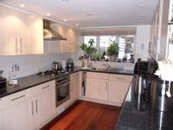 4 bed Terraced property to rent in Milton Place, GRAVESEND...