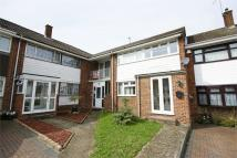 2 bed Flat to rent in Dogwood Close...