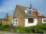 4 bedroom semi detached house to rent in Beach Grove, Higham...