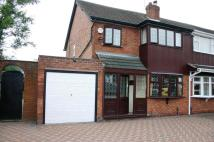 3 bed semi detached house in Harlech Road, Willenhall