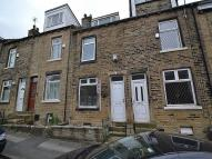 2 bed Terraced house in Mount Avenue, Eccleshill