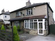 semi detached property to rent in Leeds Road, Idle