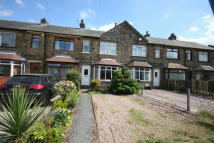 property to rent in 5 Highfield Avenue , Shelf, Halifax.