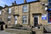 property to rent in 38 Ford Hill , Queensbury, Bradford.