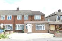 4 bedroom End of Terrace house in Berkley Avenue...