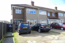 3 bed End of Terrace house in Penton Drive, Cheshunt
