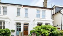 4 bed Maisonette in Strafford Road...